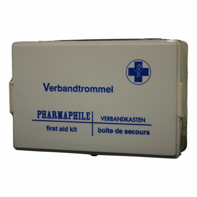 First-aid kit B incl. wall support